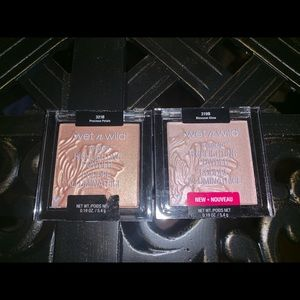 Two Wet N Wild Highlighters Brand New